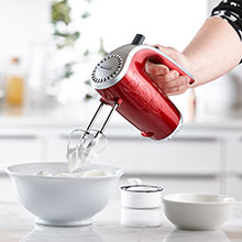 Brentwood HM-48R Lightweight 5-Speed Electric Hand Mixer, Red